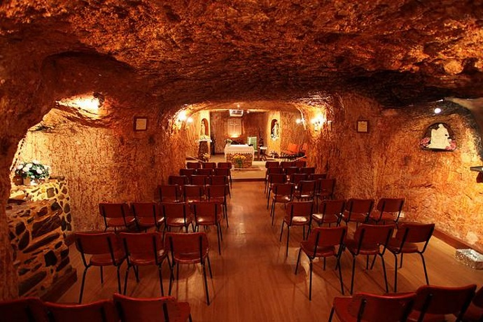 Coober-Pedy-underground-church