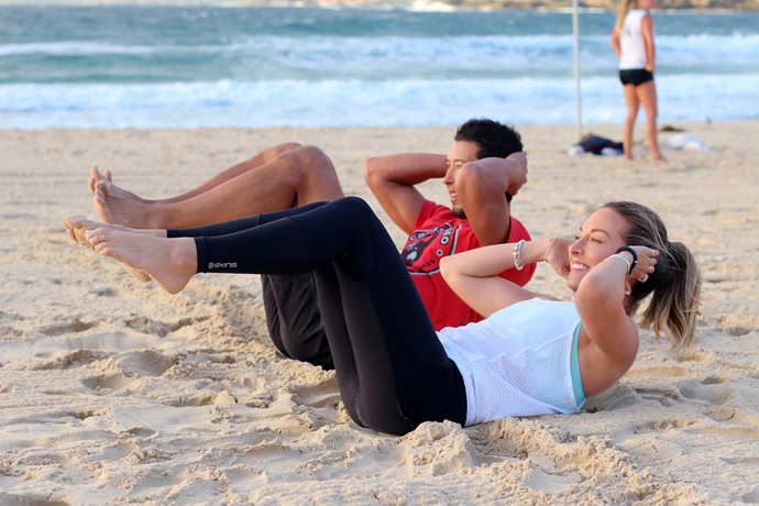 crunches beach workout