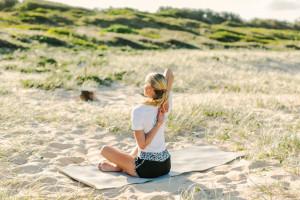 Charlotte Dodson yoga surfer 2