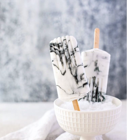 @wholesomepatisserie - Marble Yoghurt Popsicles