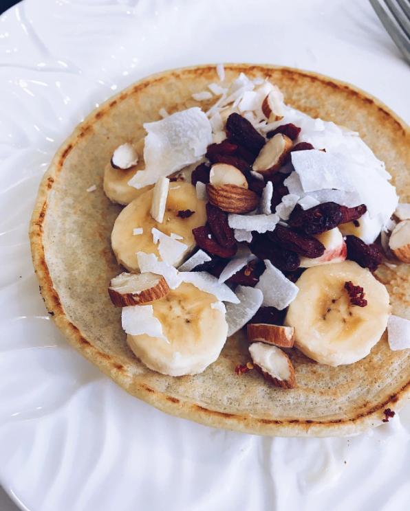 @ella.mander.jones Almond Milk and Coconut Pancakes