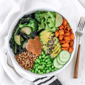 Green Buddha Bowl with Cocobella Peanut Sauce by @thrivingonplants